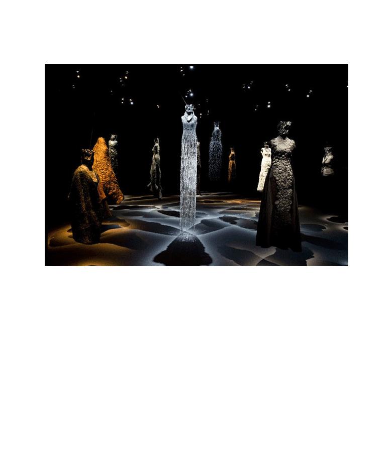 noureddine-amir-expo-les-robes-scultures-musee-ysl-paris-2016-02